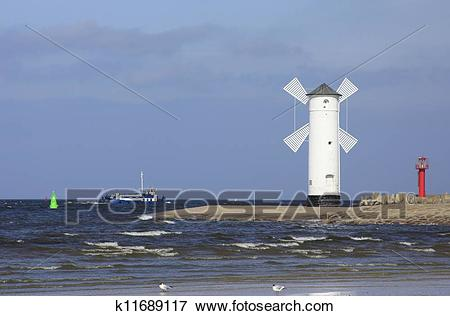 Picture of harbor entrance of Swinoujscie k11689117.
