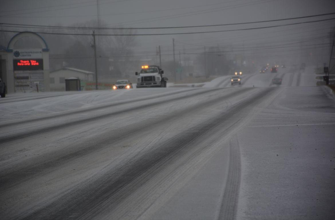 Blizzard clipart icy road, Blizzard icy road Transparent.