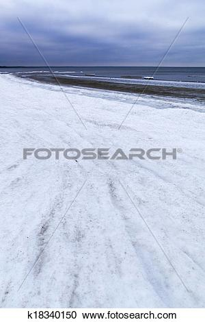 Stock Photography of Winter sea coast. k18340150.
