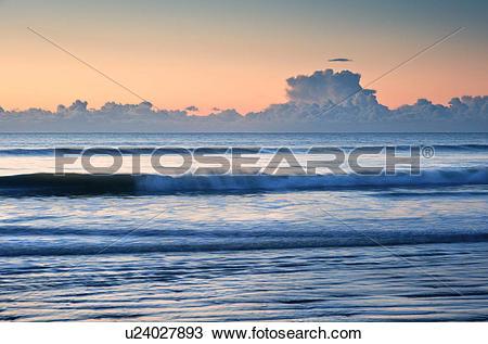 Stock Photo of England, West Sussex, Bognor Regis. Winter sunrise.