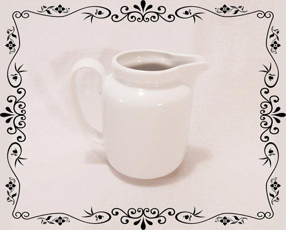 Vintage Milk Jug Vintage coffee Creamer West Germany by HoReMag.