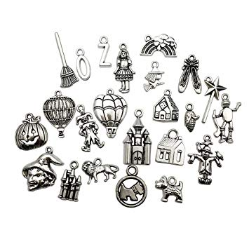 70 PCS The Wizard of Oz Charms Collection.