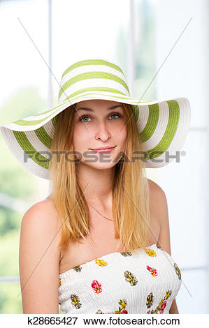 Picture of woman straw hat in sunny k28665427.