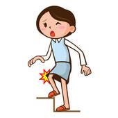 woman knee pain.