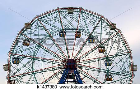 Stock Photography of Wonder Wheel k1437380.