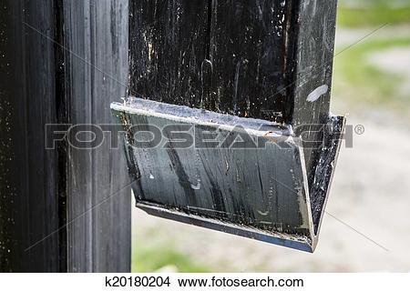Wood Splitter Clipart.