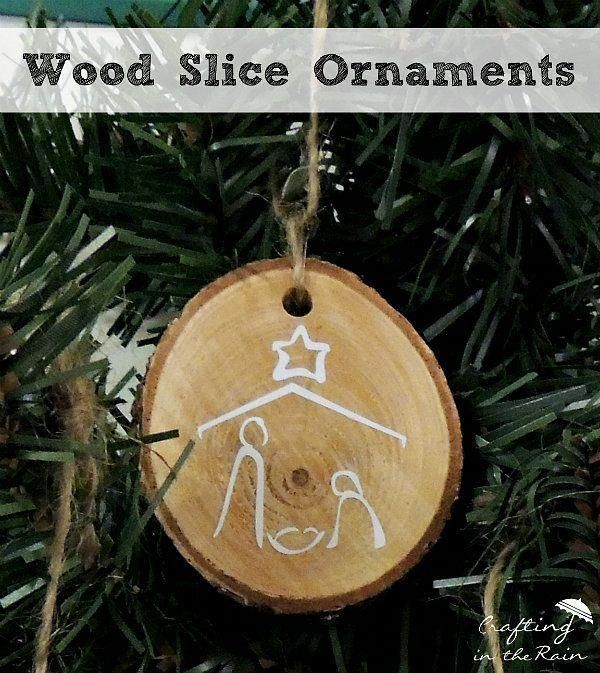 Woodburn this for gifts. DIY wood slice ornaments #handmade.