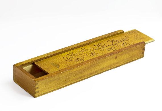 Wood pencil box clipart.