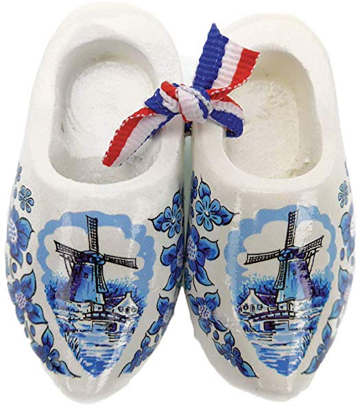 Netherlands Wooden Shoes Magnet Delft (2.5\