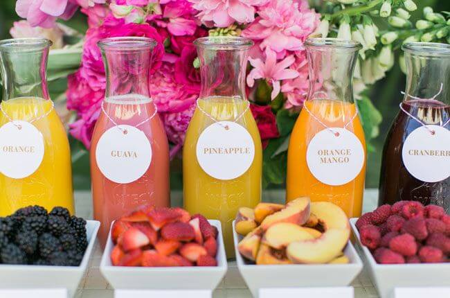 How To Set Up The Cutest Mimosa Bar For A Party.