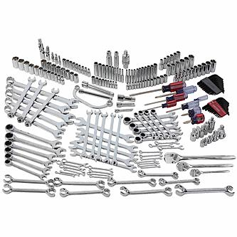 Craftsman 220 pc Mechanic\'s Service Set.