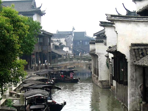 Wuzhen Water Town Photos, Pictures of Wuzhen Water Town.