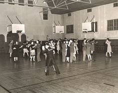 11 Best USO Dances WWII images.