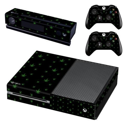 Xbox 360 4GB Console with Kinect.