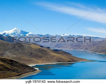 Stock Photo of Lake Yamdrok Tso, Tsang province, Tibet, China yq8.