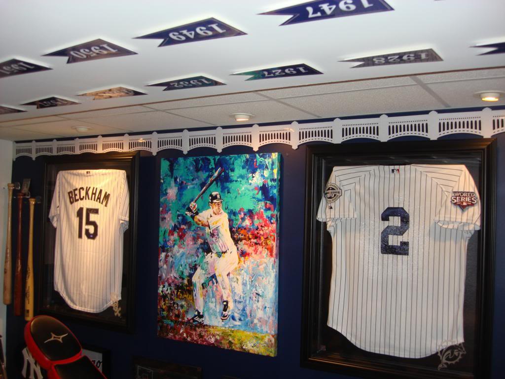 49+] Yankee Stadium Frieze Wallpaper on WallpaperSafari.