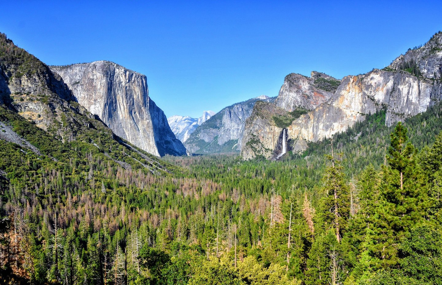 Where to Stay in Yosemite: 20 Amazing Lodges, Cabins and.