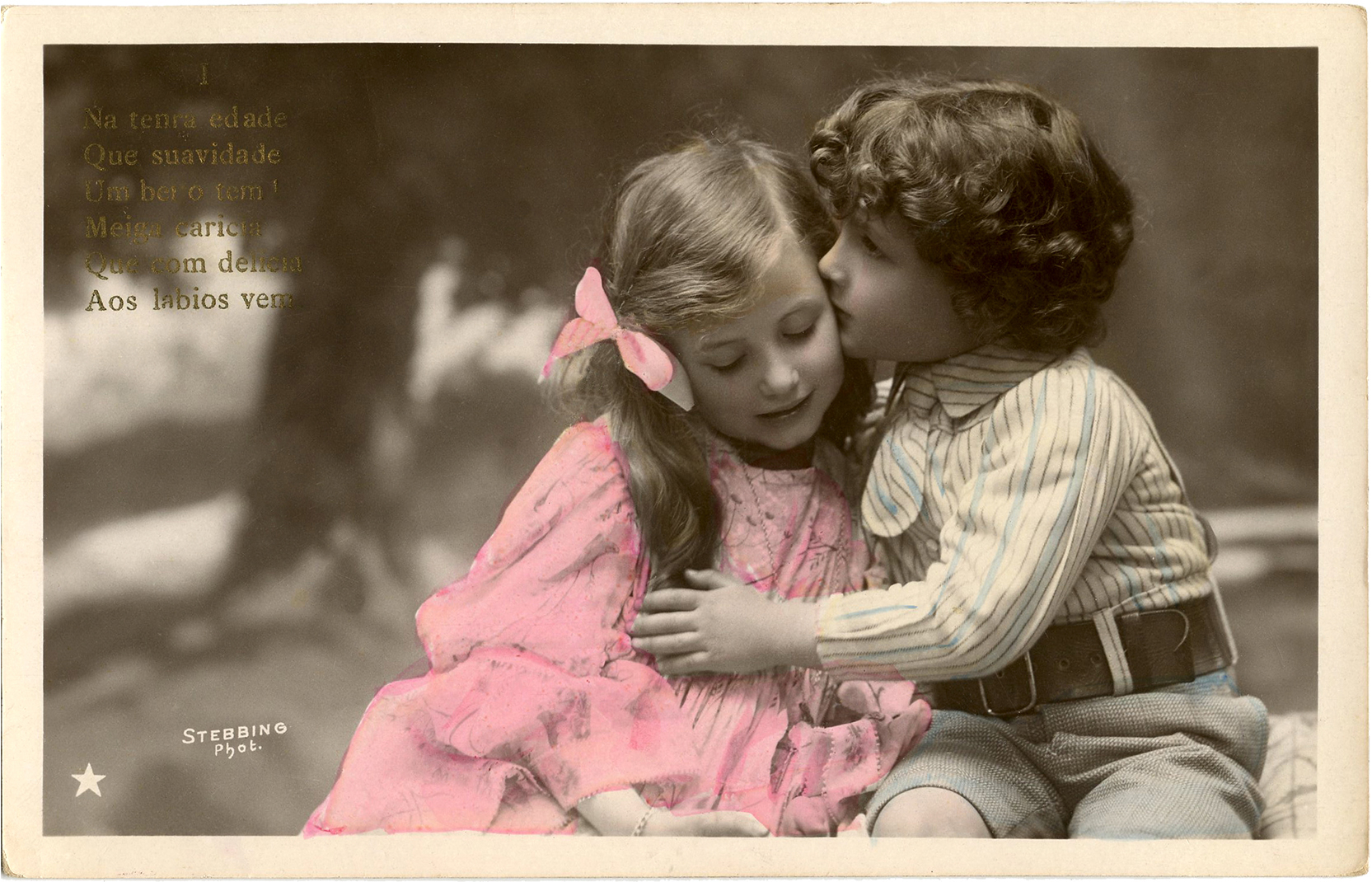 young boy and girl kiss images.
