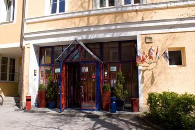 Yoho International Youth Hostel Salzburg in Salzburg.