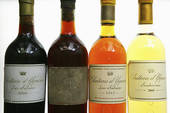 Picture of Bottles of Château d'Yquem 179797.