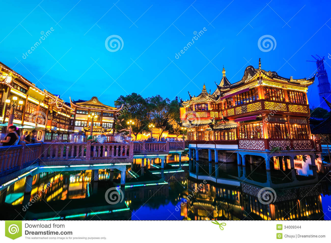 Shanghai Yuyuan Garden At Night Stock Images.