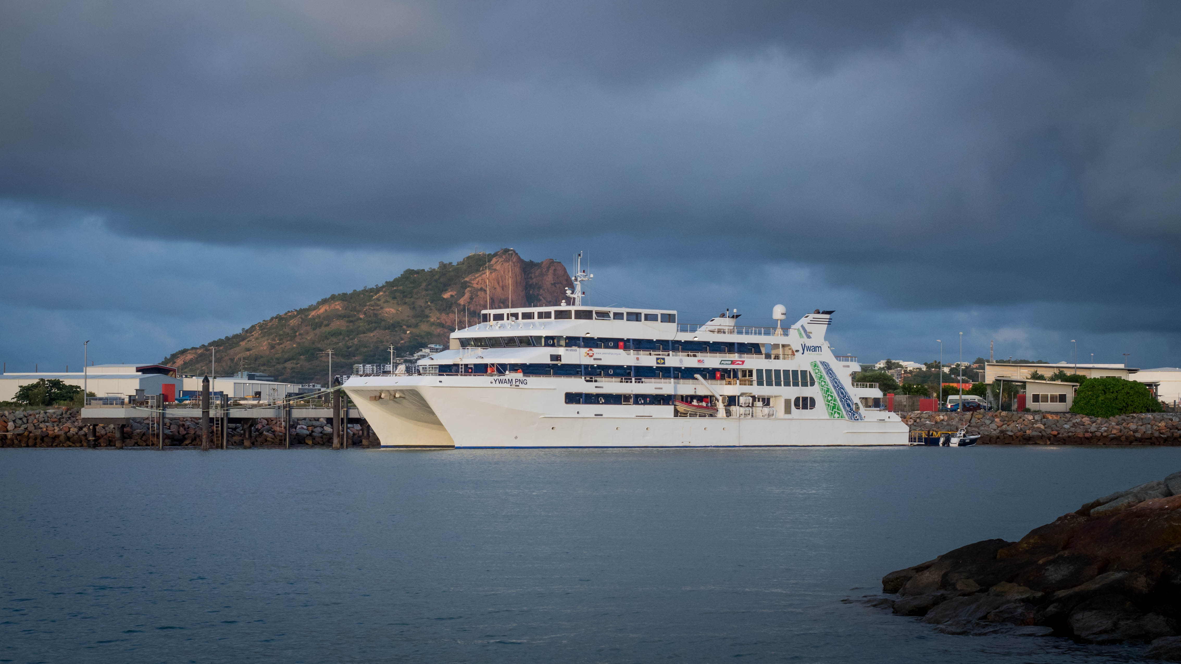 Townsville Welcomes Medical Ship Home from PNG.