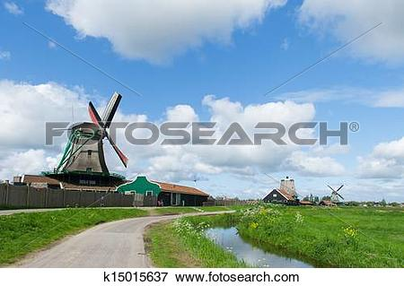 Picture of Windmills at Dutch Zaanse Schans k15015637.