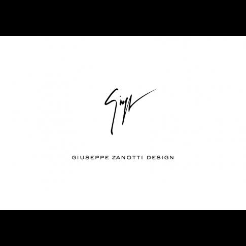 GIUSEPPE ZANOTTI . #giuseppezanotti #bags #leather #clutch.