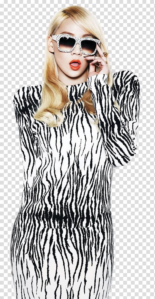 CL NE render, blonde woman wearing white.