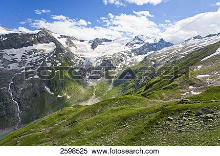 Stock Image of Panoramic view of mountain range, Hohe Tauern, Alps.