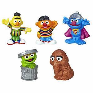 Details about Sesame Street Neighborhood Friends 5 Figures, 3.